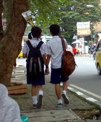 SMP pacaran dijalan